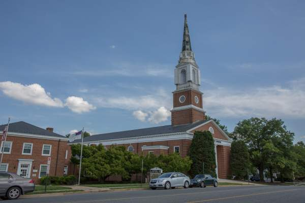 Westover Village Baptist Church in Arlington, Virginia.