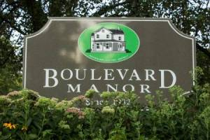 Homes for Sale in Boulevard Manor
