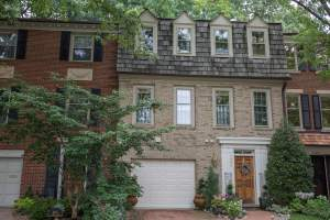 Homes for sale Forest Hills Neighborhood in Arlington