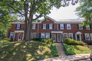 homes for sale in arlington's Fairlington Neighborhood