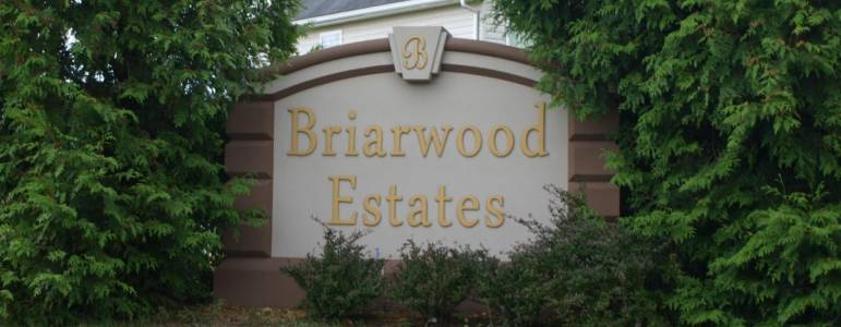 Homes for Sale in Briarwood Estates