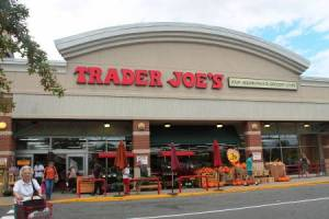 Trader Joe's (Bailey's Crossroads)