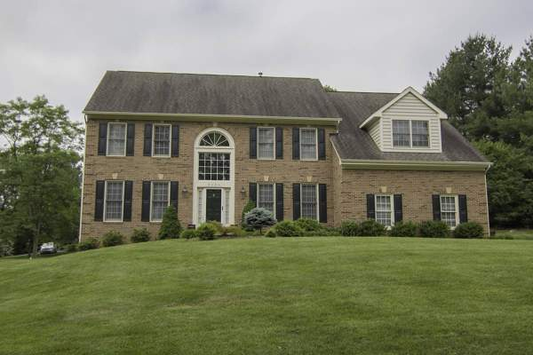 Single Family Home for sale in Annandale, VA.