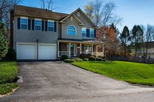 Homes for Sale in River Oaks