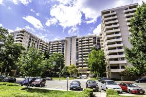 Hyde Park Condos in Arlington, VA