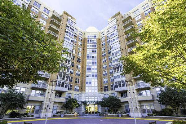 Carlton House Condominiums in Reston, Virginia