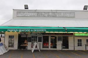 Famous Seafood & Desserts in Southwest Waterfront