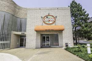 Carpool Bar & Grill (22203 Arlington, VA)