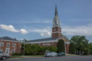 Westover Village Baptist Church (22205)