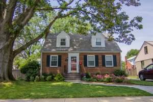 Bluemont Neighborhood in Arlington, VA (22205)