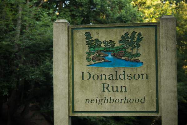 Donaldson Run (Arlington, VA Zip Code Guide 22207)