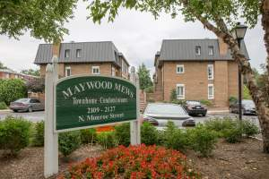 Maywood Mews Townhomes (22207)