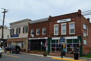Purcellville Shops (20132)