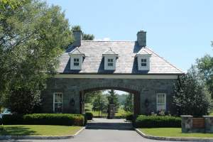 homes for sale in Creighton Farms (20105)