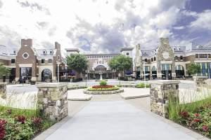 Brambleton Plaza (20148 Loudoun, VA Zip Code Guide)