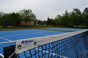 Colonnade at Dulles Tennis Courts