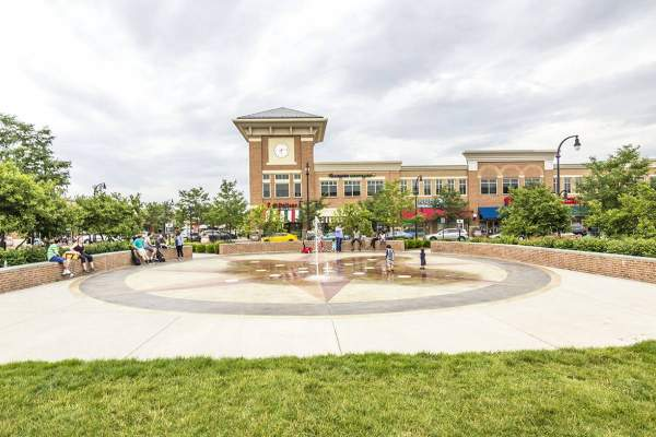 Lansdowne Town Center in Lansdowne, Virginia