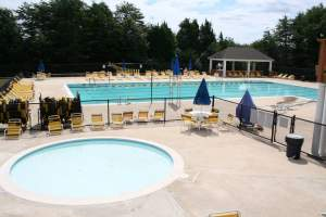 Kingsbrooke, VA Pool
