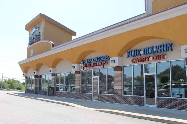 Blue Dolphin Seafood Bar and Grill in Gambrills, Maryland