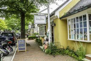 Lou Lou Too Shop in Middleburg