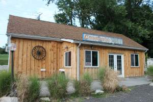 Country Side Deli in Lothian, Maryland
