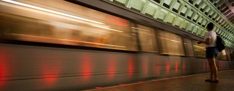 Grosvenor-Strathmore (Metro)