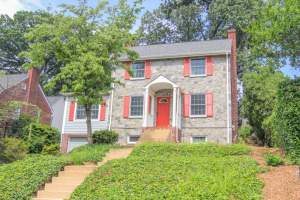 Colonial Woodmont Home in Arlington