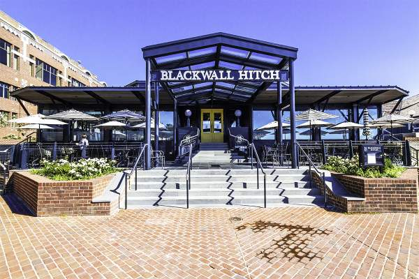 Blackwall Hitch Restaurant in Old Town Alexandria, VA